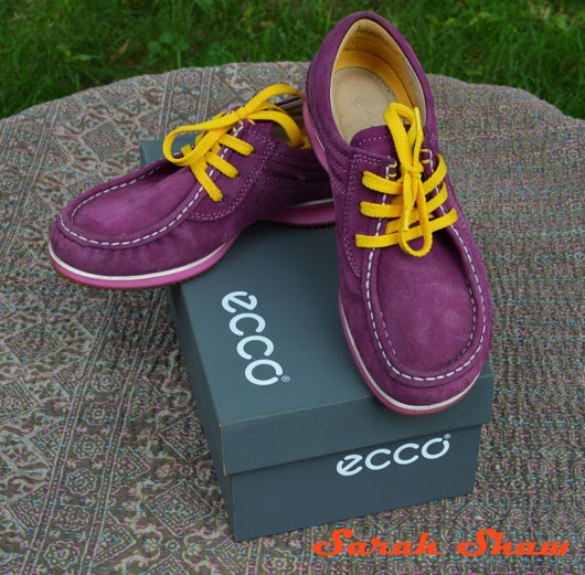 ECCO Mind Shoes in Fuchsia