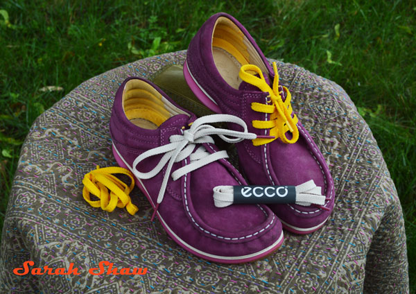 Ecco Mind shoes with alternate laces