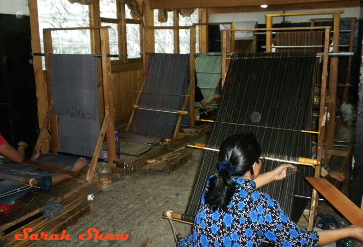 Weaving with back strap loom