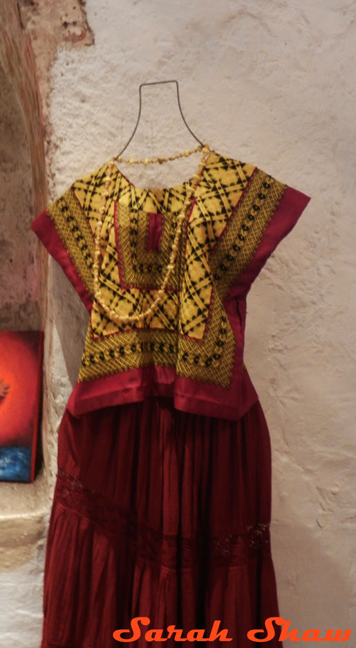 A blouse and skirt from Oaxaca in cochineal colors