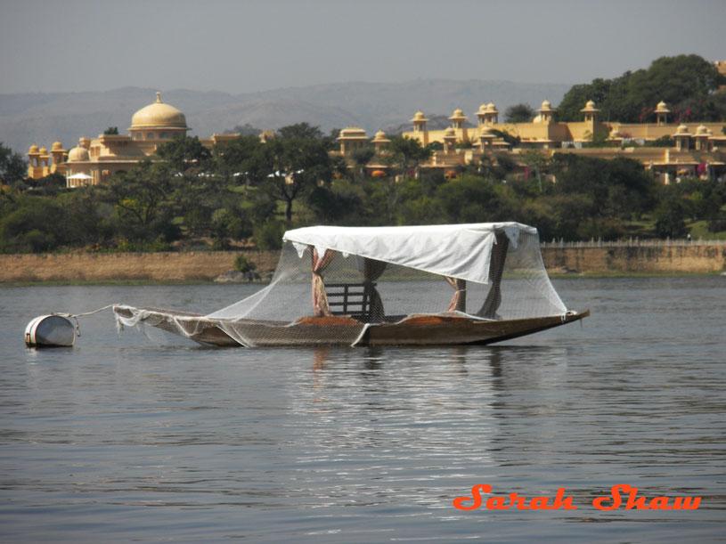 Boat on Lake Pichola