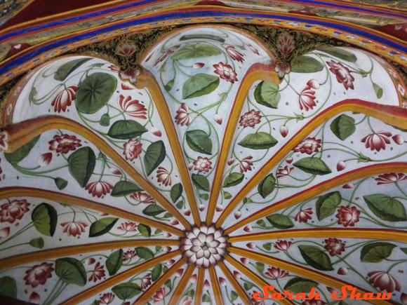 Lotus ceiling