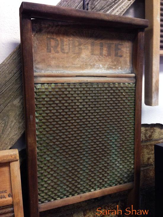 Vintage Rub Rite Washbaord