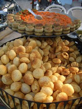 Food Vendor inSarnath