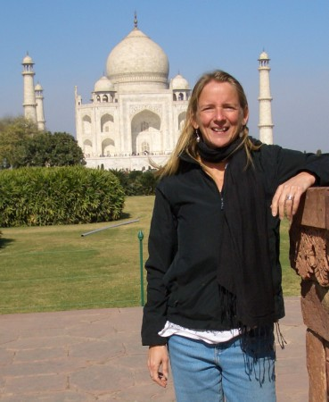 Beth at Taj Mahal
