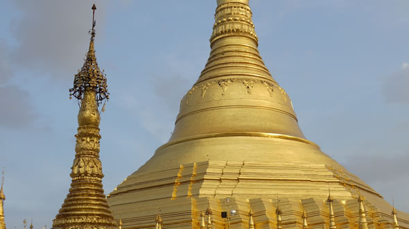 Myanmar (Burma) Culture and Pagoda Tour