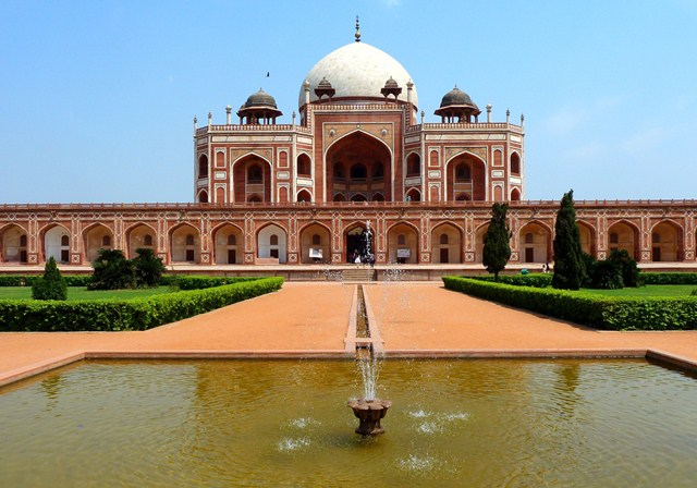 Things to do in Delhi - Humayun's Tomb