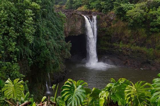 hawaii nature waterfalls waterfall enjoy island ways wanderlustandlipstick