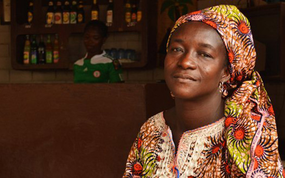 Togo-woman-mansingen-7262520826