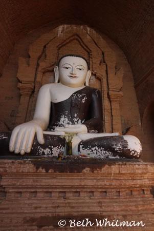 Buddha in Bagan