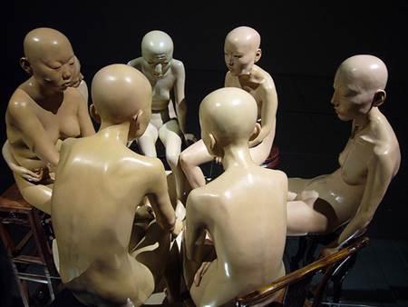 7 Naked Women