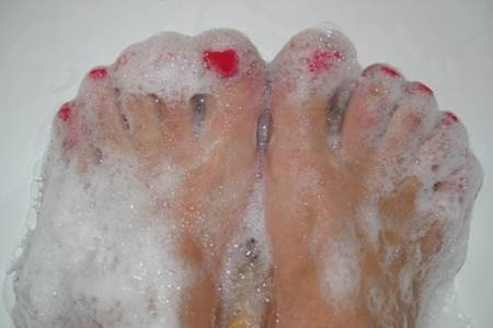Bubbly Feet