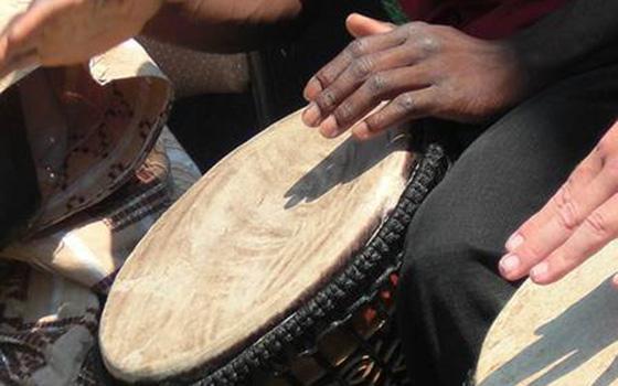African-Drumming