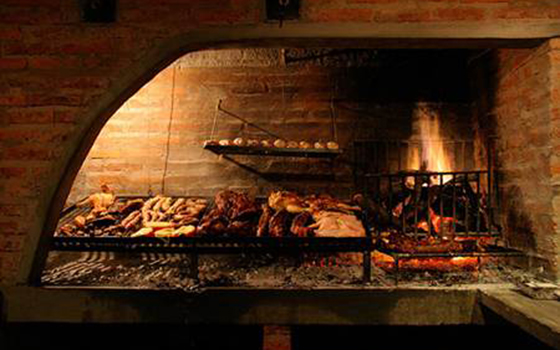 The art of asado in chile for Artistic argentinean cuisine
