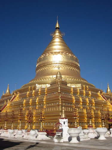 Myanmar (Burma) Women-only Culture and Pagoda Tour