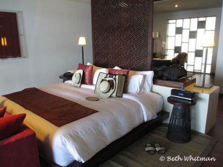 Samabe Hotel Bali Bed