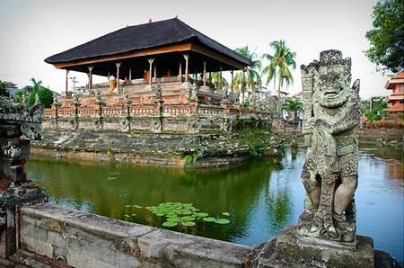 Taman Gili Klungkung