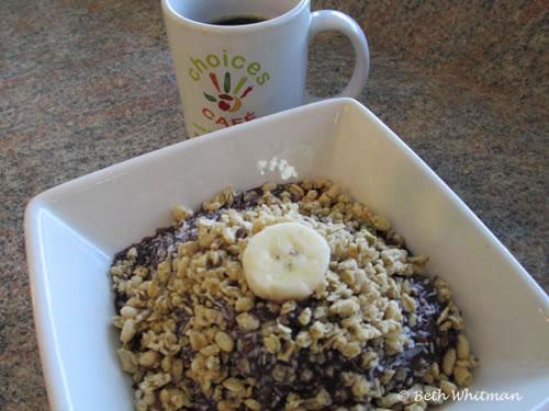 Granola Breakfast at Choice's Cafe Miami