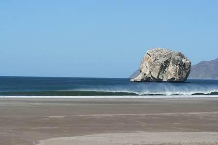 Witches Rock-Tamarindo