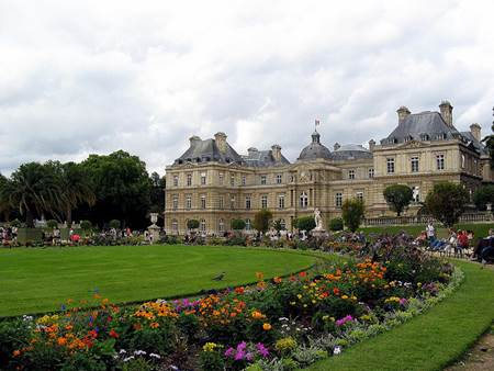 Best areas to stay in paris wanderlust and lipstick - Musee jardin du luxembourg ...