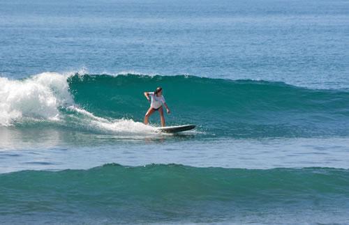 kerri surfing